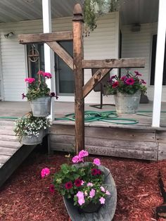 Great Flower Bed Plans For Front of House – My Best Rock Landscaping Ideas Garden Yard Ideas, Backyard Projects, Garden Crafts, Outdoor Projects, Lawn And Garden, Garden Projects, Outdoor Decor, Rustic Landscaping, Front Yard Landscaping