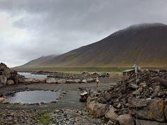 Hidden hot spring in northern Iceland: Grettislaug - AMAZING little location!
