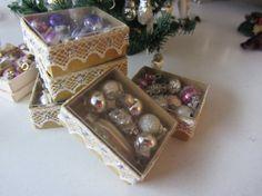Shabby Christmas   Ornaments in Box    by MichaelasMiniaturen, €18.00