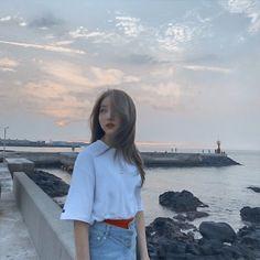 Check out GFriend @ Iomoio Kpop Girl Groups, Korean Girl Groups, Kpop Girls, Gfriend Yuju, Gfriend Sowon, Cloud Dancer, Fandom, G Friend, Cultura Pop