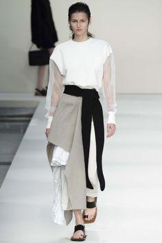 Marni ready-to-wear spring/summer '15 gallery - Vogue Australia