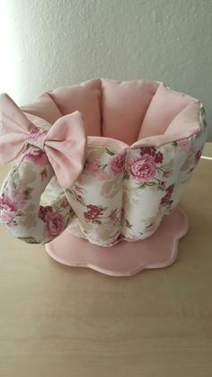 : Sewing Crafts, Sewing Projects, Sewing Machine Quilting, Home Textile, Pin Cushions, Baby Knitting, Quilt Patterns, Decorative Pillows, Diy And Crafts