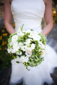 #weddings  #minnesota  #wedding floral  #wedding bouquets  http://www.bellagala.com