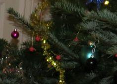 Nikisgarage: Flettede stjernestrimmelstjerner Banker, Christmas Tree, Holiday Decor, Home Decor, Teal Christmas Tree, Decoration Home, Room Decor, Xmas Trees, Christmas Trees