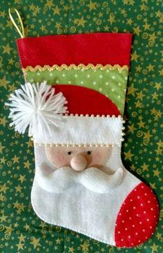 Unique Christmas Stockings, Christmas Stocking Pattern, Felt Christmas Decorations, Xmas Stockings, Christmas Sewing, Felt Crafts, Christmas Crafts, Christmas Ornaments, Classy Christmas