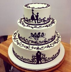 Süße Hochzeitstorte in Schwarz & Weiß