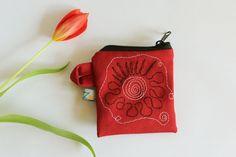Rotes Geld-Täschchen mit Stickerei von kleidzeit Nr.B10 - mini purse, mini bag, gift mom, jeans bag, jeans purse von kleidzeit auf Etsy
