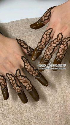 Latest Finger Mehndi Designs, Mehndi Designs For Kids, Rose Mehndi Designs, Henna Tattoo Designs Simple, Back Hand Mehndi Designs, Stylish Mehndi Designs, Mehndi Designs For Beginners, Wedding Mehndi Designs, Mehndi Designs For Fingers