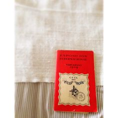 #book #bookstagram #monday #mioesatto #mondaymotivation #exposição #exposición #exposicioninternacional #barcelona #1929 #design #vintage #vintagebooks #red #bedtime #bedroom #ikea #decor #photo #photooftheday #picoftheday by sofiaaido