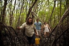 Things to do in Australia: Go hunting for mud crabs through the mangroves then cook up your catch with Kuku Yalanji brothers, Linc and Brandon Walker. New Travel, Travel Tips, Cheap Travel, Travel Destinations, 100 Things To Do, How To Memorize Things, Travel Nursing Agencies, Daintree Rainforest, Aboriginal People