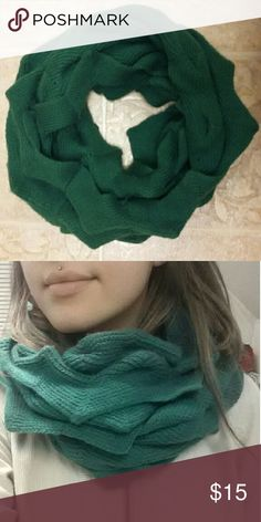 Ruffle knit circle scarf Adorable green scarf that I got from a boutique, unknown brand. I love the style of this scarf, adds style to any basic outfit. Accessories Scarves & Wraps