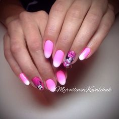 pink nails mickey mouse
