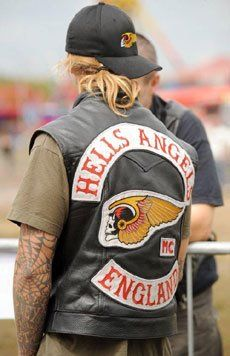 Motorcycle Gang Women | Hells Angel Road Master: Seven members of the Outlaws motorcycle gang ...