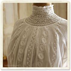 アンティークヴィクトリアンブラウス - 【Belle Lurette】ヨーロッパ フランス アンティークレース リネン服の通販