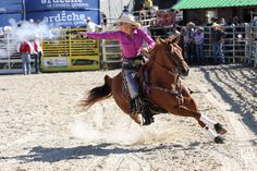 World Champion Mounted Shooter Kenda Lenseigne Blazing The Trail