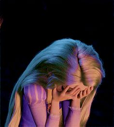 flower gleam and glow — withadreamandasong: So, Eugene Fitzherbert, huh? All Disney Princesses, Disney Rapunzel, Disney Art, Tangled Rapunzel, Wallpaper Iphone Disney, Cute Disney Wallpaper, Disney Princess Pictures, Disney Pictures, Cartoon Pics