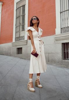 S/S Dress and spadrilles Dress Outfits, Casual Dresses, Casual Outfits, Fashion Outfits, Spring Dresses, Spring Outfits, Street Chic, Street Style, White Fashion Sneakers