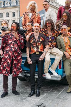 Justin O'Shea Debuts SSS World Corp With a Guerrilla Fashion Show in the  Streets of Paris