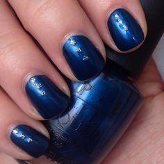 Opi unfortgretably blue mani, navy nails, fall blue nails