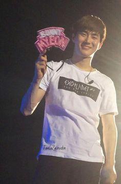 i love how glowy his cheeks looks when he smiles ((: