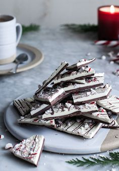 Peppermint Birch Bark This recipe can be made on the large cheese stone. For smaller cheese stones, cut the recipe in half or a quarter. Ingredients 9 ounces Go