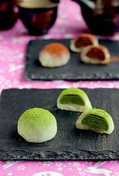 Japanese Style Mochi Chocolates filled with Matcha Green Tea and Chocolate Ganache (Vegan Sweets)
