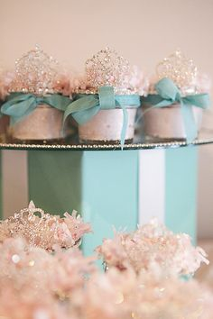 Tiffany OFF! Breakfast at Tiffanys Party Favors - Body Scrubs in mason jars topped with tiaras. Tiffany Theme, Tiffany Party, Tiffany And Co, Tiffany Blue, Tiffany Cupcakes, Princess Cupcakes, Princess Party, Princess Birthday, Princess Cut