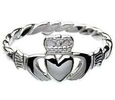 Sterling Silver Ladies Claddagh Ring with Twisted Shank