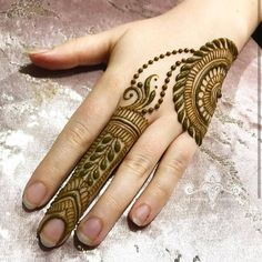 Dulhan Mehndi Designs, Ring Mehndi Design, Mehndi Designs Finger, Simple Arabic Mehndi Designs, Henna Hand Designs, Mehndi Designs For Beginners, Mehndi Designs For Girls, Mehndi Design Photos, Mehndi Designs For Fingers