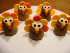 Fondant Turkey Cupcake Toppers.