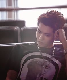 im being so emotional today. i just miss you wu yi fan. T_T