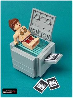 Funny pictures about Lego fun. Oh, and cool pics about Lego fun. Also, Lego fun photos. Lego Humor, Lego Jokes, Lego Star Wars, Lego Office, Office Fun, Office Prank, Bolo Lego, Casa Lego, Lego Girls