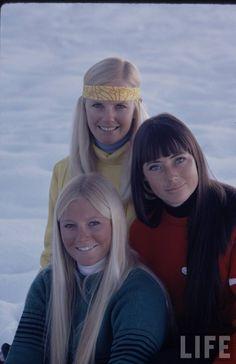 [Photo Set] ASPEN GIRLS, 1971 cc: @maubigliante