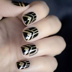 Black and gold Art deco nails for winter // Winter nail art // The Great Gatsby Nails - Tutorial The Great Gatsby, Great Gatsby Themed Party, Great Gatsby Makeup, Uñas Art Deco, Art Deco Nails, Nail Art 2015, Cute Nails, Pretty Nails, Manicure E Pedicure