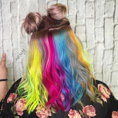 Contemporary hair dye trends have women transforming their natural-colored…