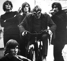 "skalskilaw: "" Here's a rare gem. This photo was taken in 1968, and shows all 5 members of Pink Floyd together. """