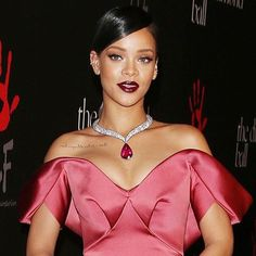 Rihanna is teaming up with Chopard on a high jewelry collection. Above the singer wears a necklace by Chopard at her first Diamond Ball in 2014. #wwdnews (: BroadImage/REX)  via WOMEN'S WEAR DAILY MAGAZINE OFFICIAL INSTAGRAM - Celebrity  Fashion  Haute Couture  Advertising  Culture  Beauty  Editorial Photography  Magazine Covers  Supermodels  Runway Models