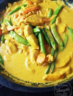 Sałatka z suszonymi pomidorami i serem feta -szybki przepis Mozzarella, Thai Red Curry, Ethnic Recipes, Food, Essen, Meals, Yemek, Eten