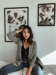 Grey blazer and hairstyle - ChicLadies. Mode Outfits, Winter Outfits, Casual Outfits, Fashion Outfits, Womens Fashion, Minimal Fashion, Mode Inspiration, Aesthetic Clothes, Ulzzang