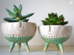 Most Popular Styles of Indoor Flower Pots : Handmade Tripod Bowl Planters Indoor Plant Pots Ideas Indoor flower pots come in many different styles, shapes, sizes, and materials.Plastic and clay are the most common materials used for indoor flower pots Indoor Flower Pots, Indoor Plant Pots, Potted Plants, Hanging Plants, Indoor Garden, Pots For Plants, Indoor Planters, Ceramic Plant Pots, Ceramic Clay