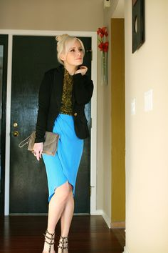 Chloe in the sky petal skirt. Cute!    http://www.thechloeconspiracy.com/2012/03/outfit-of-day-i-get-up-in-morning-to.html