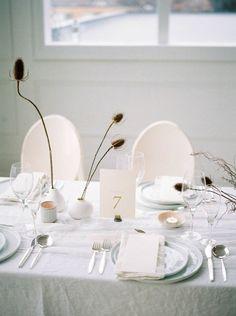 Clean & crisp winter white wedding ideas | Toronto Wedding Inspiration | Gallery | Item 9 via Magnolia Rouge