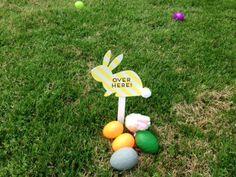 5 Tips for Setting Up an Easter Egg Hunt for Preschoolers #HopItForward ~ Trendy Mom Reviews #Easter #EasterEggHunt #EasterEggs