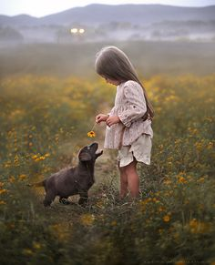Elena's Photos Show the Innocent Love Between Kids and Animals Dogs And Kids, Animals For Kids, Animals And Pets, Baby Animals, Dogs And Puppies, Cute Animals, Doggies, Children Photography, Animal Photography