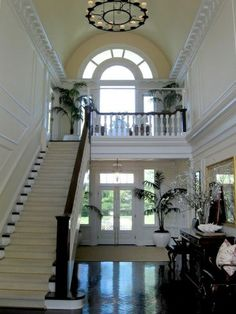 """""""interviews with international design stars such as Jonathan Adler, Barbara Barry and Scot Meacham Wood, who designed this grand entryway."""" Canadian House and Home Magazine. Home Interior, Interior And Exterior, Interior Design, Beautiful Space, Beautiful Homes, House Beautiful, Grand Entryway, Entry Hall, Main Entrance"""