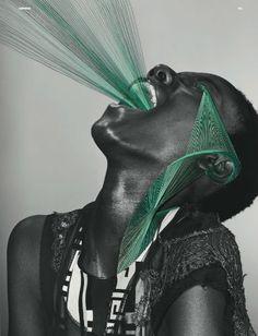 Dazed & Confused realizat de fotograful Richard Burbridge şi artistul italian Maurizio Anzeri.