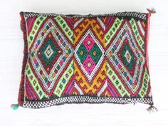 morocca cushion colores berber. dar amïna shop