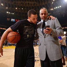 Looking at that @nba all-time scoring list like 👀➡️Stephen Curry (12,671 career points)  ➡️Dell Curry (12,670 career points)