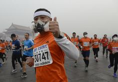 Pollution and Masks at 2014 Beijing Marathon