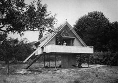 335. Gábor Preisich /// Weekend House /// Szigliget, Lake Balaton, Hungary /// 1969-74